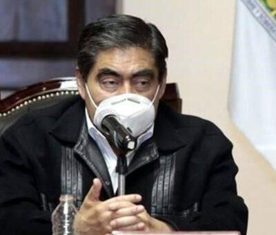 Miguel Barbosa, acusó al PAN de postular a candidatos vinculados con grupos delincuenciales. (Twitter)