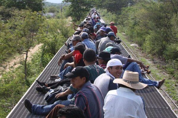 En EU, a pesar de Biden, la narrativa migratoria sigue siendo hegemónica, es decir, antimexicana, antilatinoamericana y antiinmigrante. (Especial)