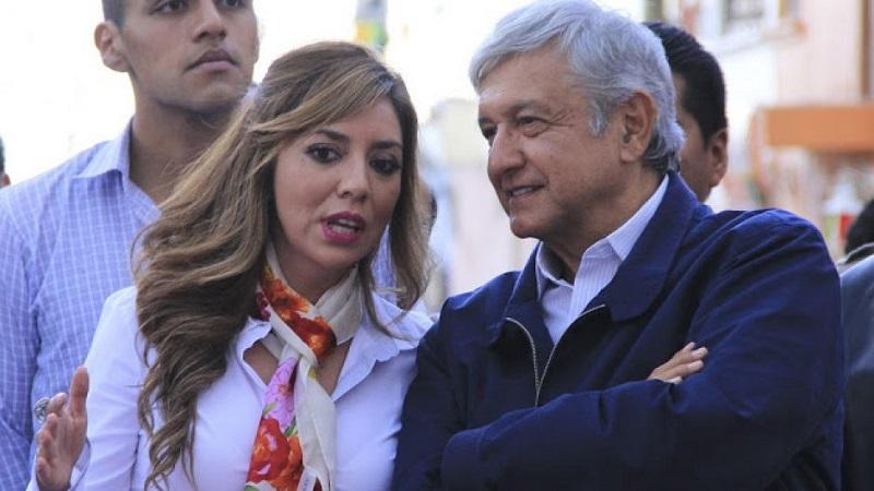 Dulce María Silva Hernández y Andrés Manuel López Obrador Foto: Archivo.