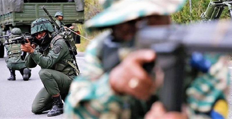 Miembros del Ejército de Venezuela y la milicia bolivariana en Caracas, el 15 de febrero de 2020.MANAURE QUINTERO / REUTERS