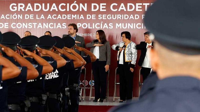 A estas alturas, habría que preguntarse: ¿A qué universidad asistió Barbosa, que, cosas tan elementales, como la independencia de poderes no entiende? Foto: Archivo