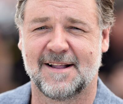 Russell Crowe posa para la prensa durante la proyección de 'Dos buenos tipos' en el Festival de Cannes en 2016. PASCAL LE SEGRETAIN / GETTY IMAGES