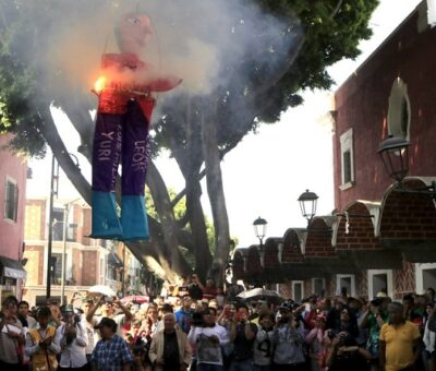 Tradicional quema de Judas en el Barrio del Artista. (Agencia Enfoque)