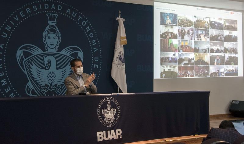 Rector Alfonso Esparza toma protesta a las y los nuevos integrantes de los Consejos de Unidad Académica de la BUAP. (Especial)