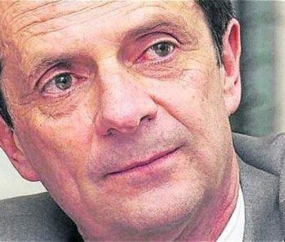 Fernando Londoño dice que el presidente debe hacerse a un lado y que asuma la 'vice'.