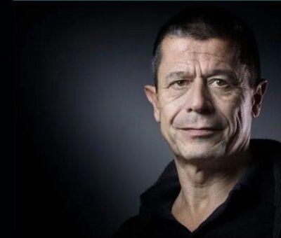 Multipremiado por sus libros, Carrère ha mantenido una relación estrecha con el cine desde que en 2005 adaptó al cine su novela ''El bigote''. Fue parte del jurado del Festival de Cannes en 2010 y del de Venecia en 2015. AFP / Archivo