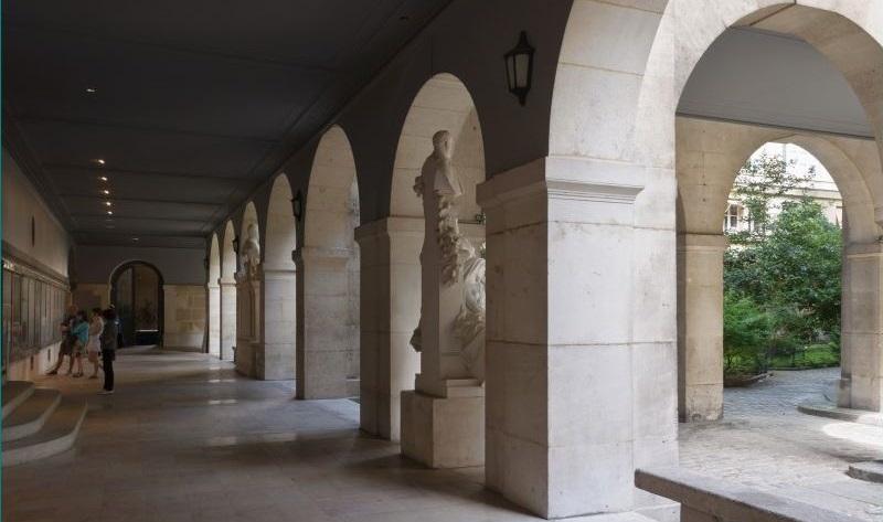 El convento de los Cordeliers, emblemático sitio de la Revolución en París. (Especial)