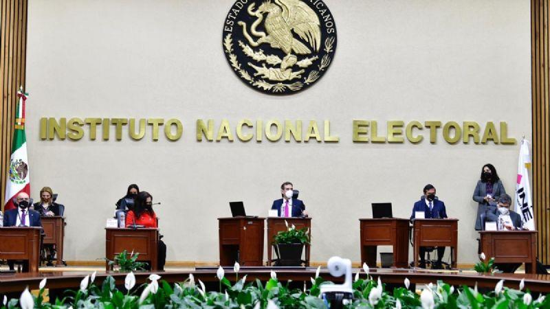 El INE presentó los resultados de su conteo rápido. Foto: Benjamín Flores