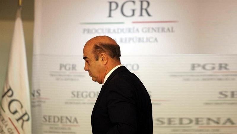 La FGR indaga a Murillo Karam... Pero le dio contratos millonarios a dos hijos del ex Procurador. Crédito: Archivo