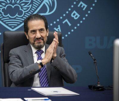 """Rector de la BUAP presenció el III Informe de Labores de la directora de la Preparatoria """"Lic. Benito Juárez García"""" (Especial)"""