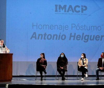 El Ayuntamiento de Puebla celebró en el Teatro de la Ciudad el homenaje póstumo al caricaturista, Antonio Helguera. (Especial)