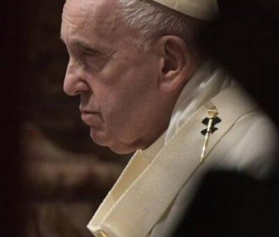"""El Papa insta a la Iglesia a reconocer sus """"errores"""" en los casos de abusos a menores. (EP)"""