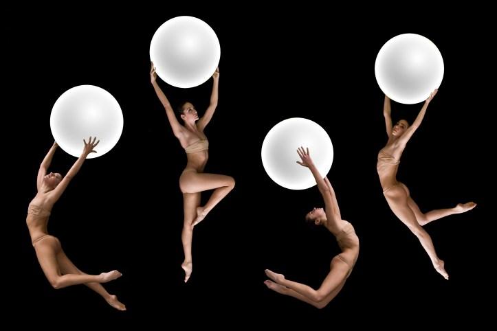 «Del infierno al paraíso» de NoGravity Dance es un planning sorprendente de danza aérea y acrobacia inspirado en «La Divina Comedia» de Dante, creado por Emiliano Pellisari y coreografiado junto a Mariana Porceddu. Foto: Cortesía NoGravity