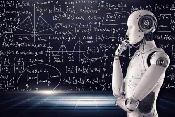 """""""La tecnología no es neutra, refleja intereses de quien la encabeza, algunas ocasiones refleja incluso la postura política de ciertos hombres y esto priva a la humanidad de cierto conocimiento"""". (Especial)"""