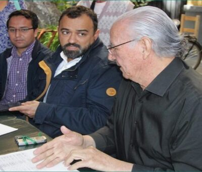 Francisco Castillo Montemayor, (der.) exdirector del Sistema Operador de los Servicios de Agua Potable y Alcantarillado de Puebla (SOAPAP) (especial)